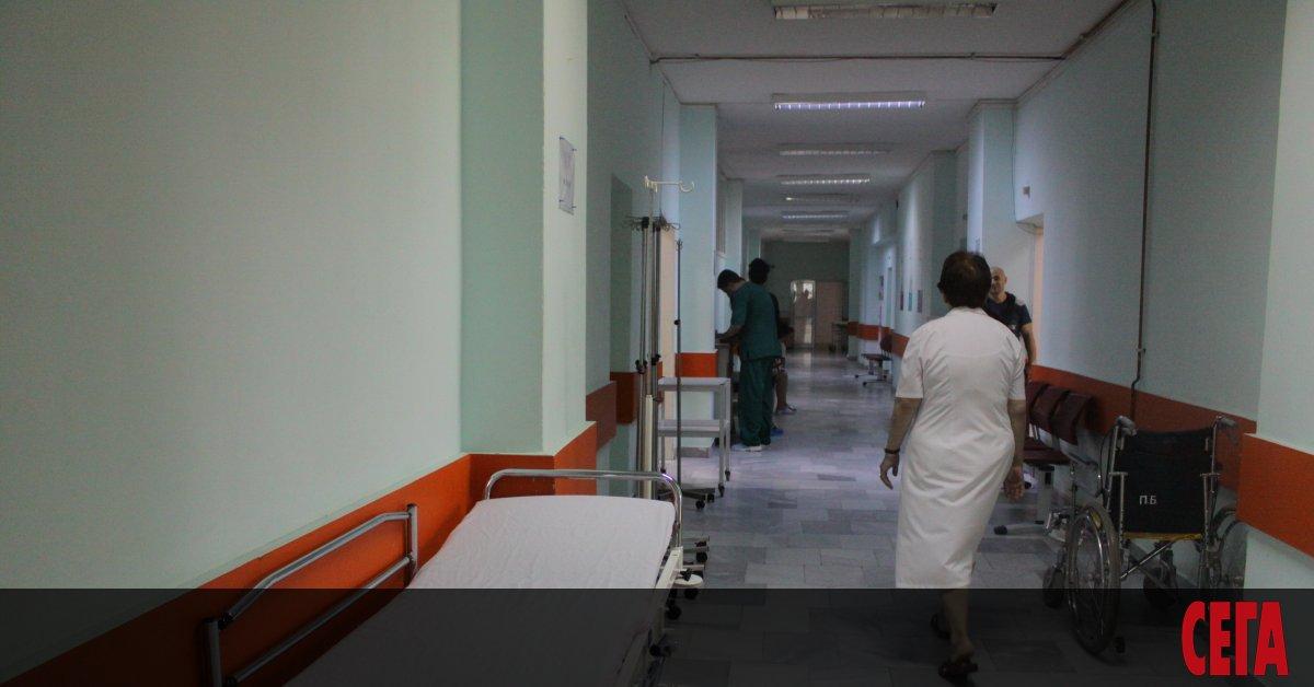 Макар здравният министър Кирил Ананиев да посочи налагането на нови