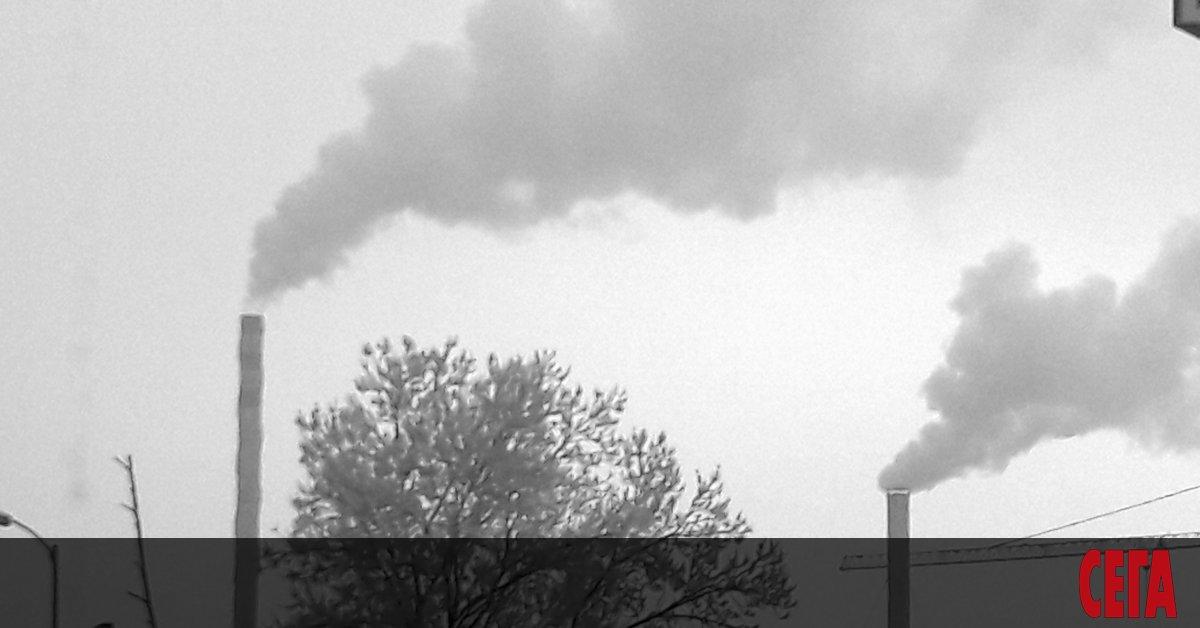 Снимка: Въздухът в София е мръсен и в класните стаи