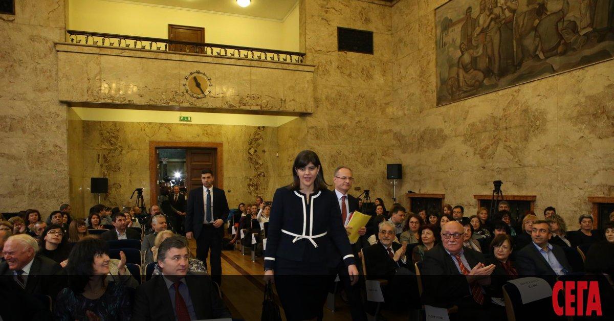 Лаура Кьовеши е на път да стане първият европейски главен