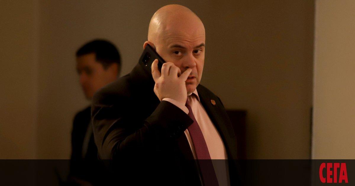 Заместник главният прокурор Иван Гешев твърдо отказва да разкрие публичноимуществото