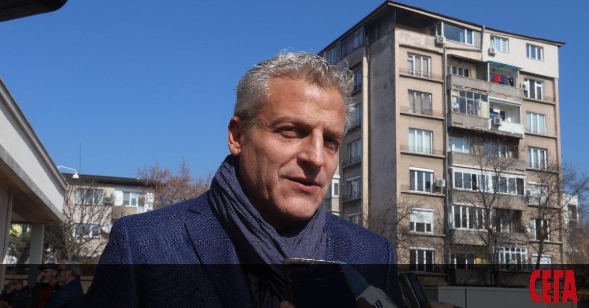 Бившият здравен министър д-р Петър Москов призова президента Румен Радевда