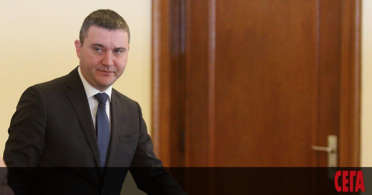 Политическата класа лъже българските данъкоплатци за размера на партийните субсидии.