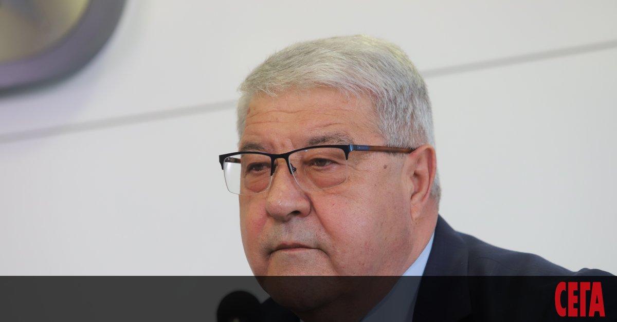Конфликтът между управляващите от ГЕРБ и независимия кандидат за кмет