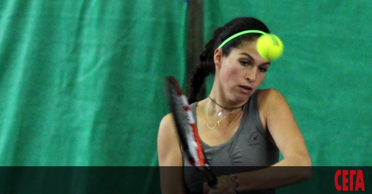 Изабелла Шиникова направи впечатляващ обрат и спечели първия си мач