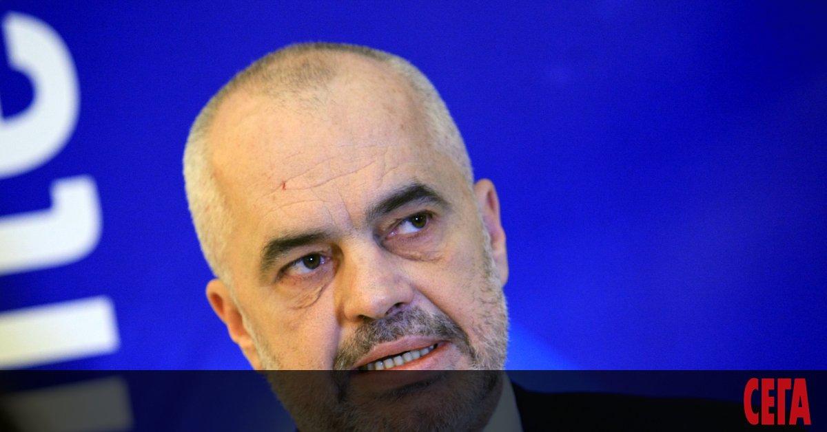 Албанският премиер Еди Рама заяви, че България е блокирала процеса
