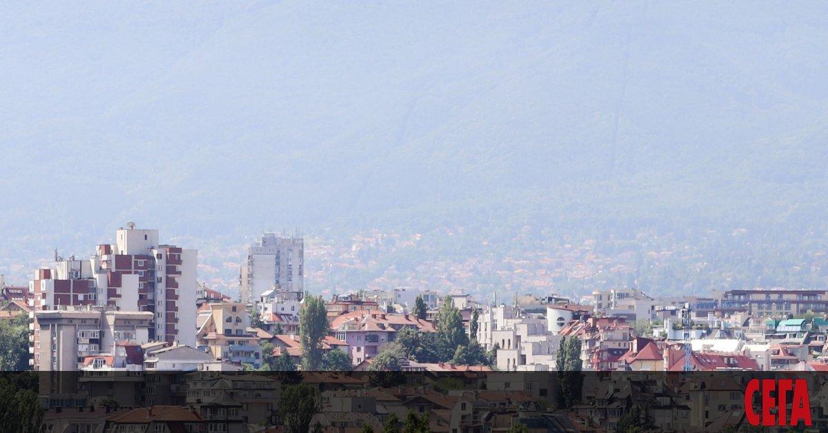 От Букурещ до София и из балканските страни поредица правителства