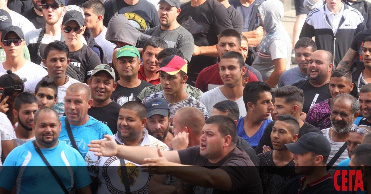 В пълен хаос премина вчера първият ден от безсрочния протест