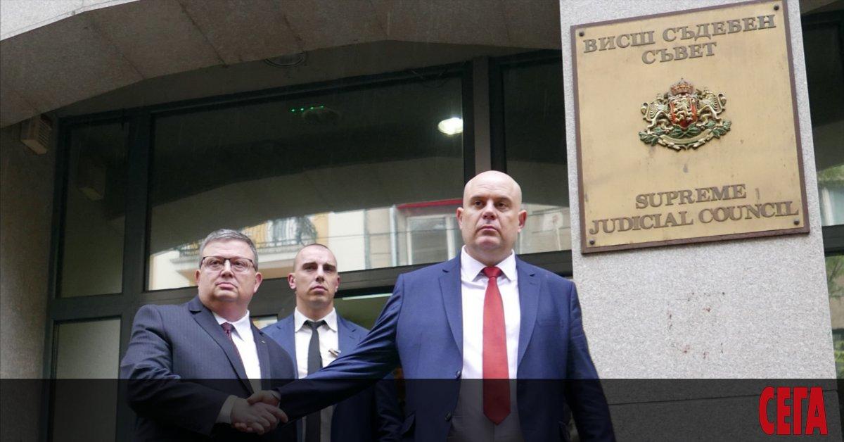 Чувството за справедливост отдавна напусна българската прокуратура. Дали защото разследванията