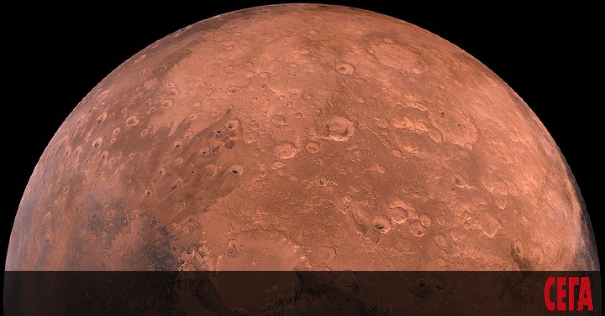 Нивата на кислорода в атмосферата на планетата Марс се променят