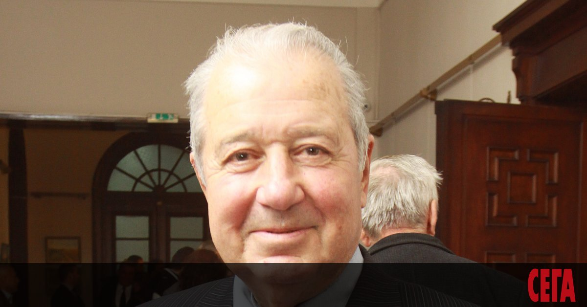 На 87-годишна възраст вчера е починал акад. Благовест Сендов, световноизвестен