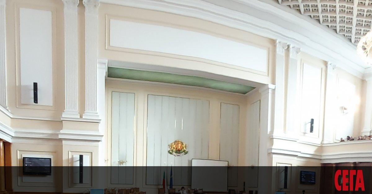 Нито премиерът Бойко Борисов, нито вицепремиерите му се отзоваха в