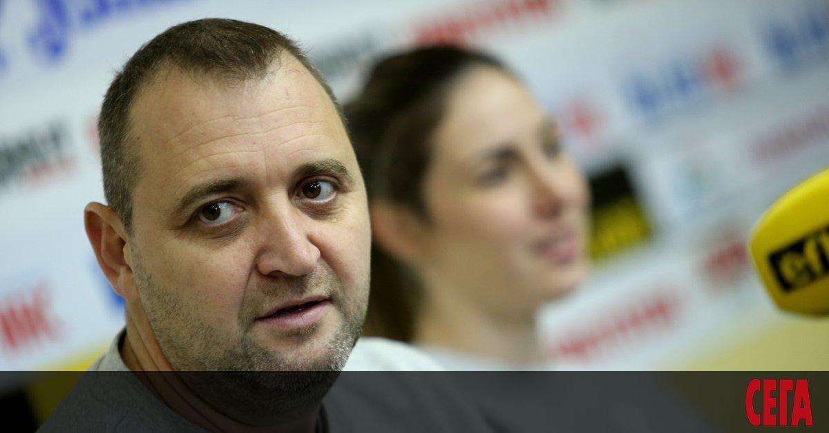 Селекционерът на женския национален отбор по волейбол Иван Петков смята,