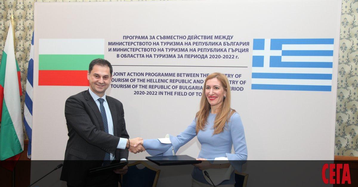 Министъркатана туризма Николина Ангелкова заяви, че зимният туристически сезон не