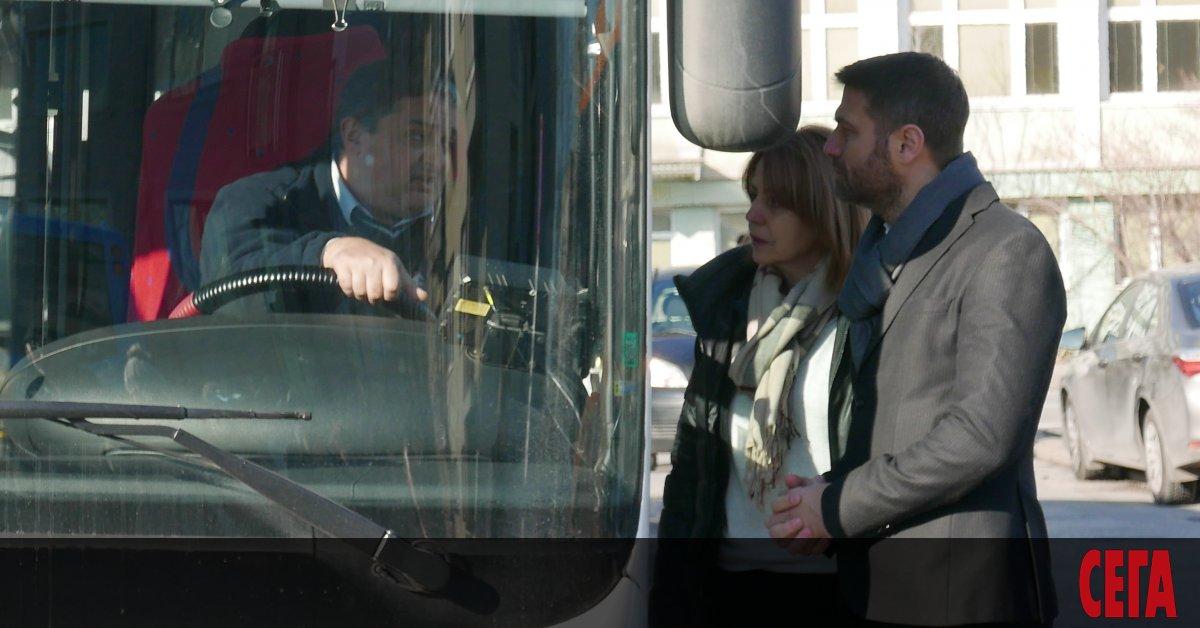 След като два мандата купува газови автобуси, кметът Йорданка Фандъкова