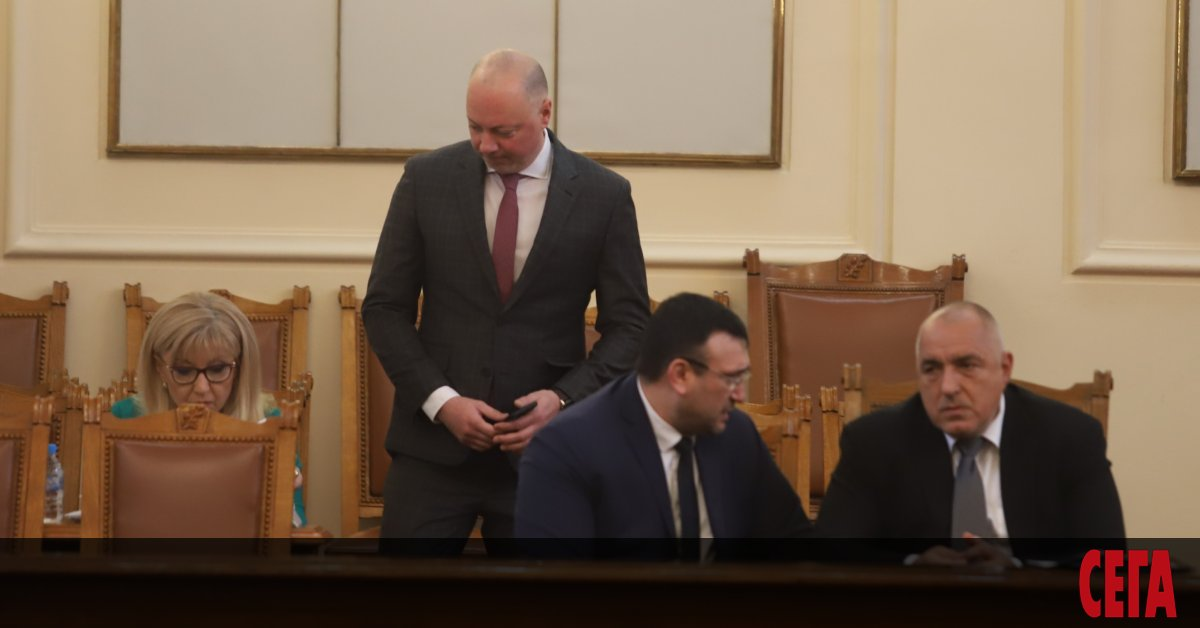 Днес в 14 ч. министър-председателят Бойко Борисов, министърът на транспорта,