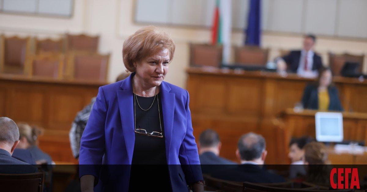 Парламентарната правна комисия изненадващо прие предложение на ДПС държавата да