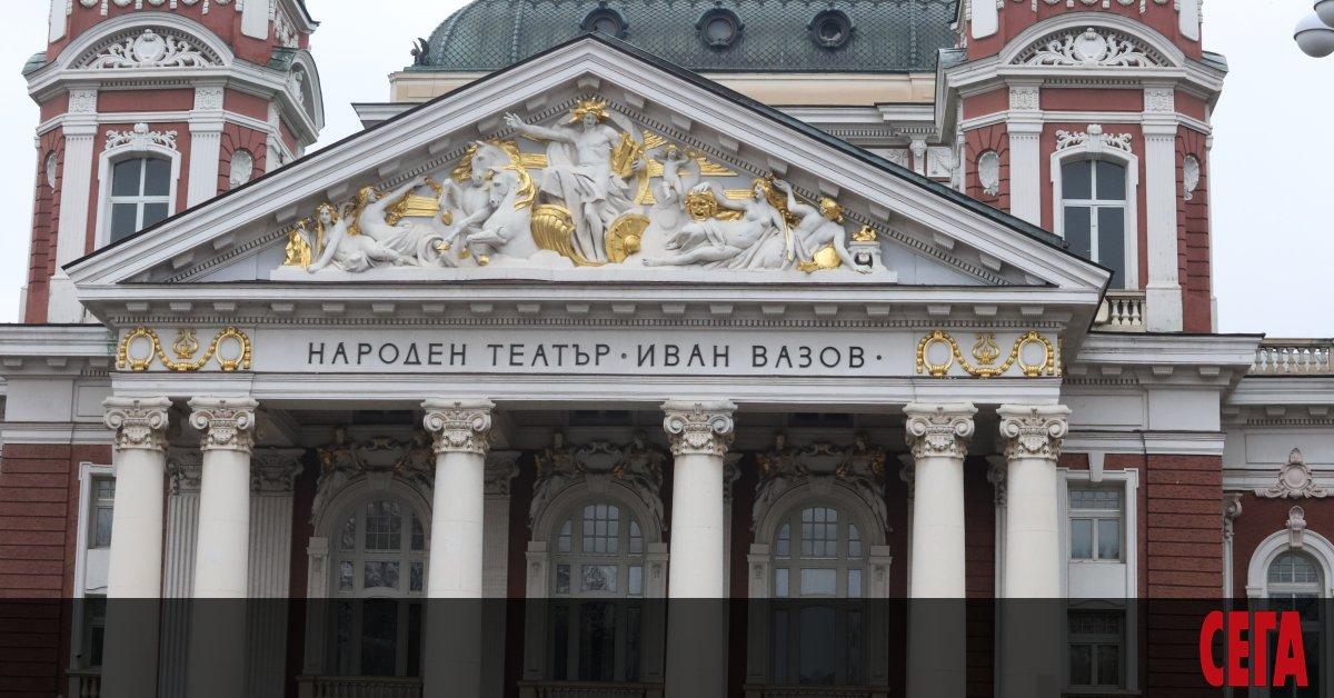 Министерството на културата, заедно с това на труда и социалната