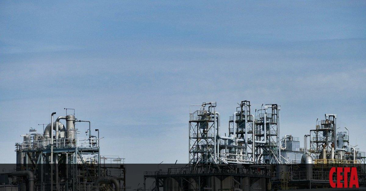 Цената на американския суров петрол WTI счупи няколко рекорда тази