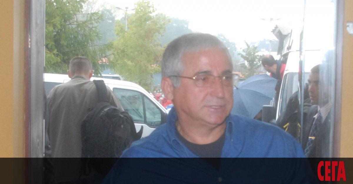 Бившият президент на ФК
