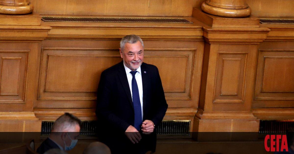 Шумният скандал с придобиване на българско гражданство, който избухна през