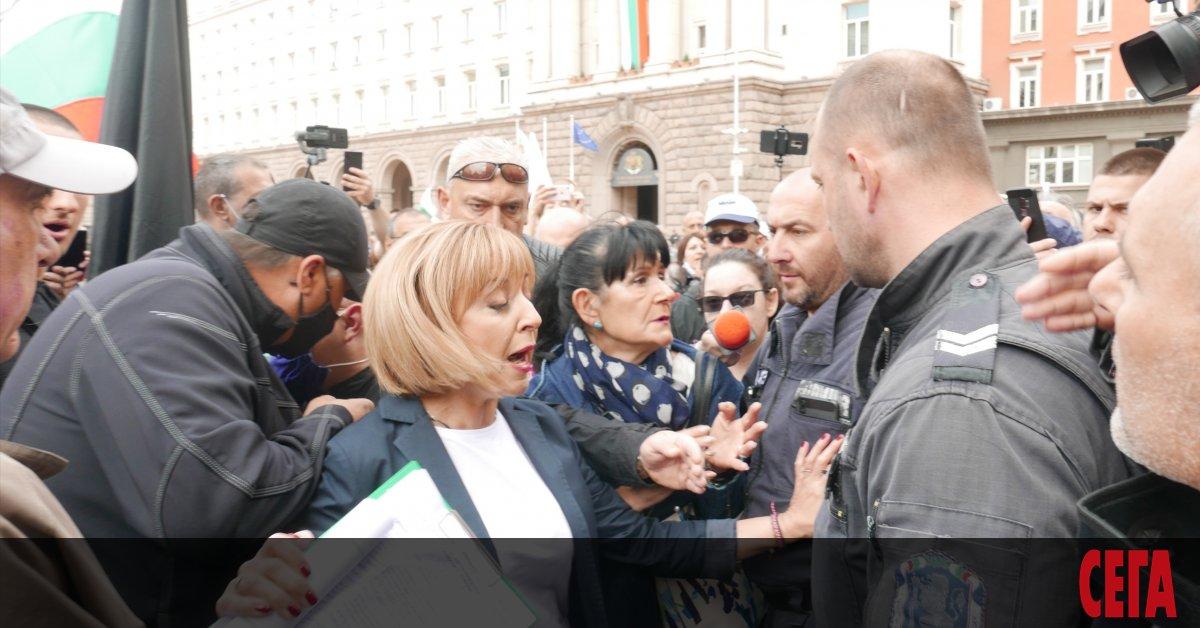 Мая Манолова ще се яви на следващите парламентарни избори, обяви
