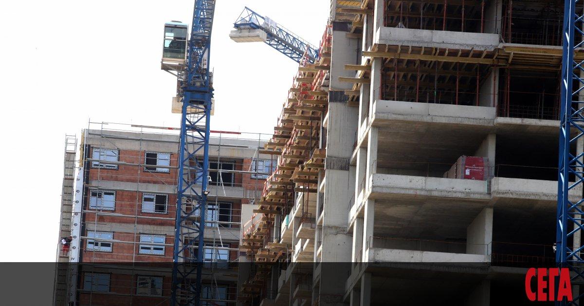 Заради драстичното поскъпванена строителните материали започва замразяване на имотните сделки