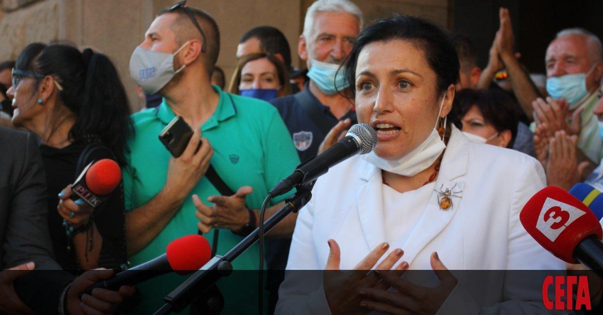 Министърът на земеделието Десислава Танева обяви с неприкриванагордост, че българските