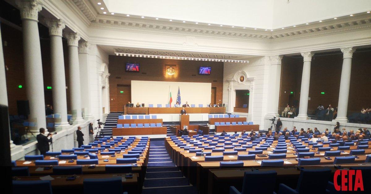 Пет са сигурните формации в следващото Народно събрание, а за