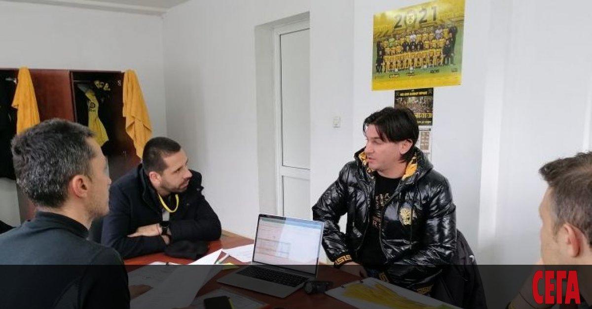Бившият футболист на ЦСКА (114 мача, 36 гола) и националния