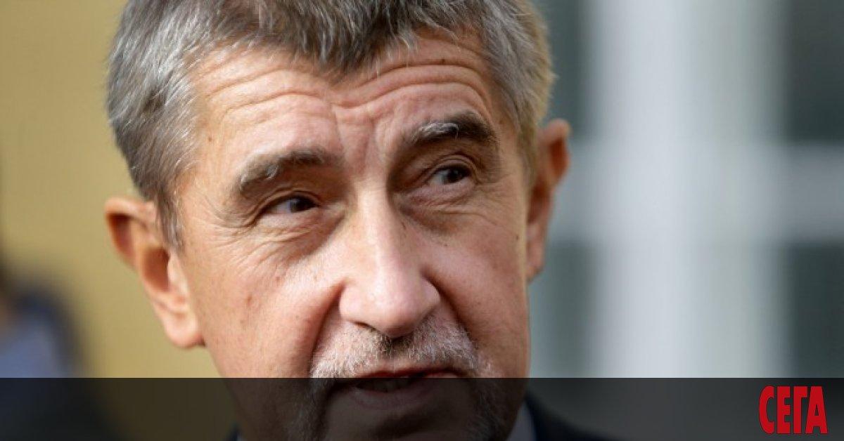 Чехия сменя третиминистър на здравеопазването от началото на пандемията. Страната