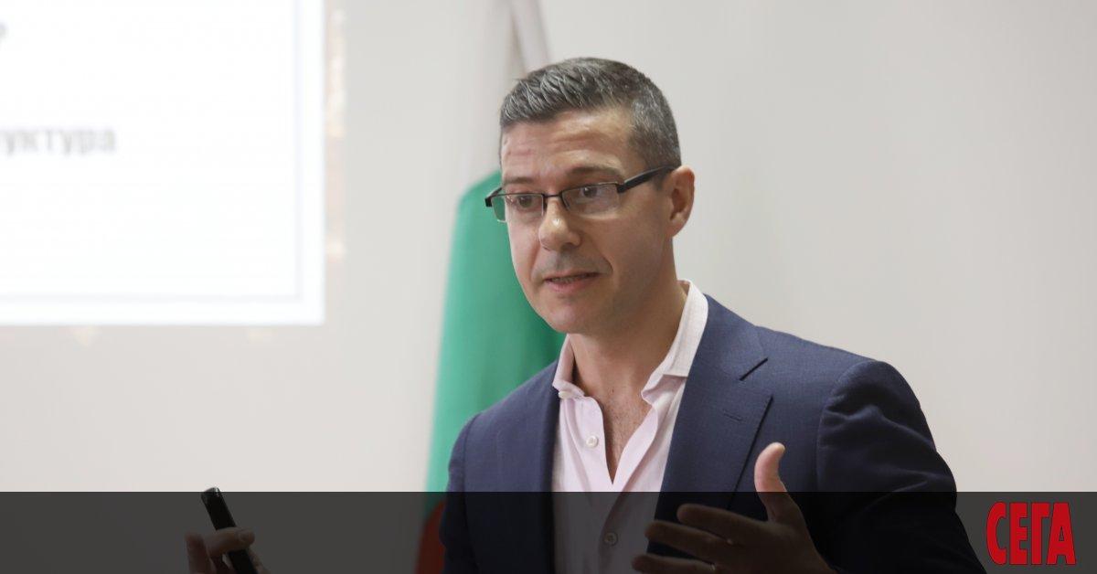Генералният директор на БНР Андон Балтаков напуска поста си, съобщи