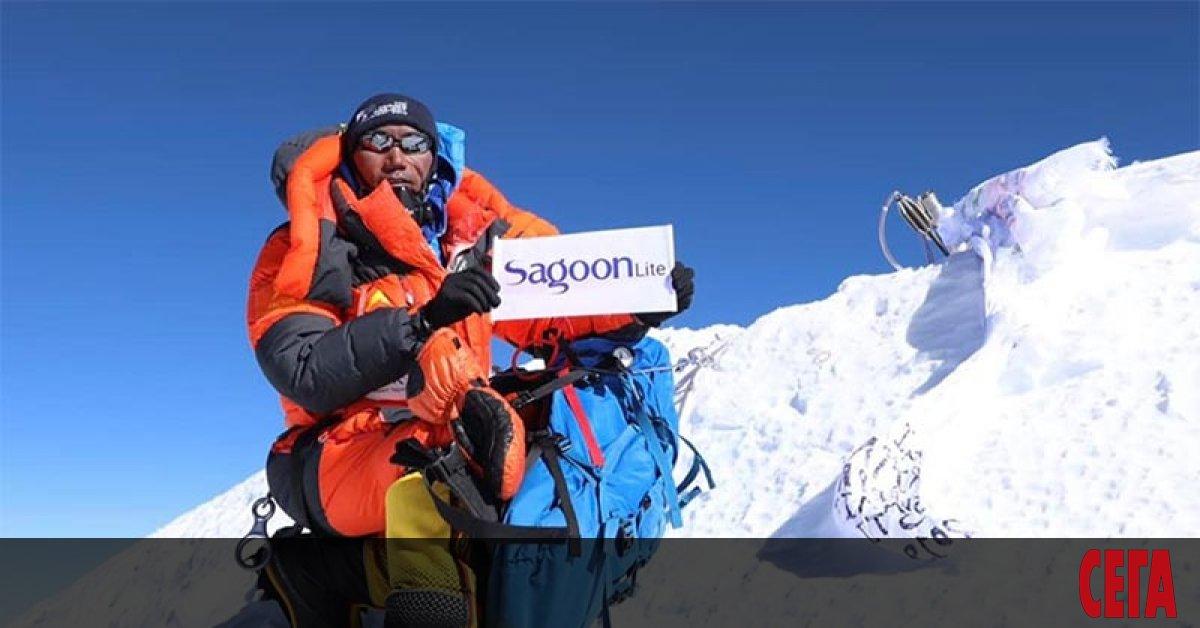 Най-подходящият за изкачвания сезон в Хималаите - пролетният (април-май), бе