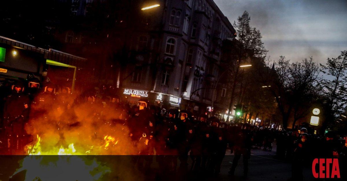 Близо 30 000 души са излезли на вчерашните първомайски протести