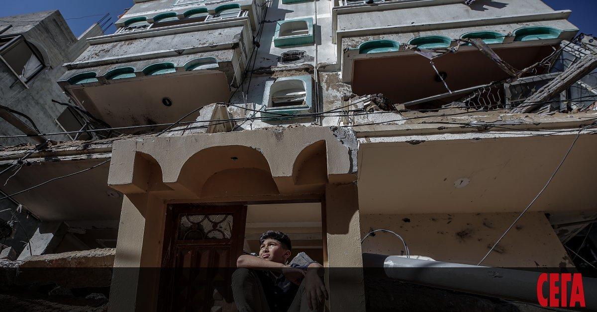 Израелски самолети поразиха на разсъмване днесс над 1000 управляеми бомбицели