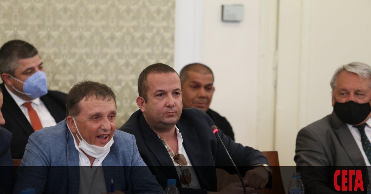 Бизнесменът Светослав Илчовски влезе на разпит в спецпрокуратурата. Той се