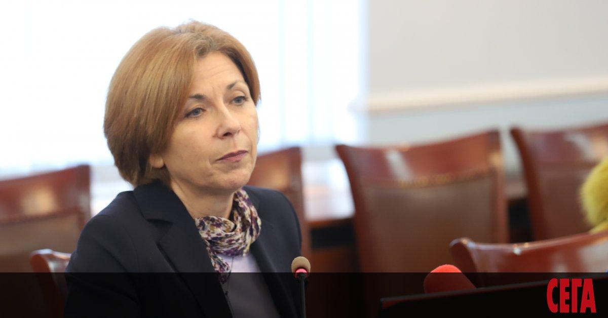 - Г-жо Димитрова, не сме излизали от предизборна кампания през