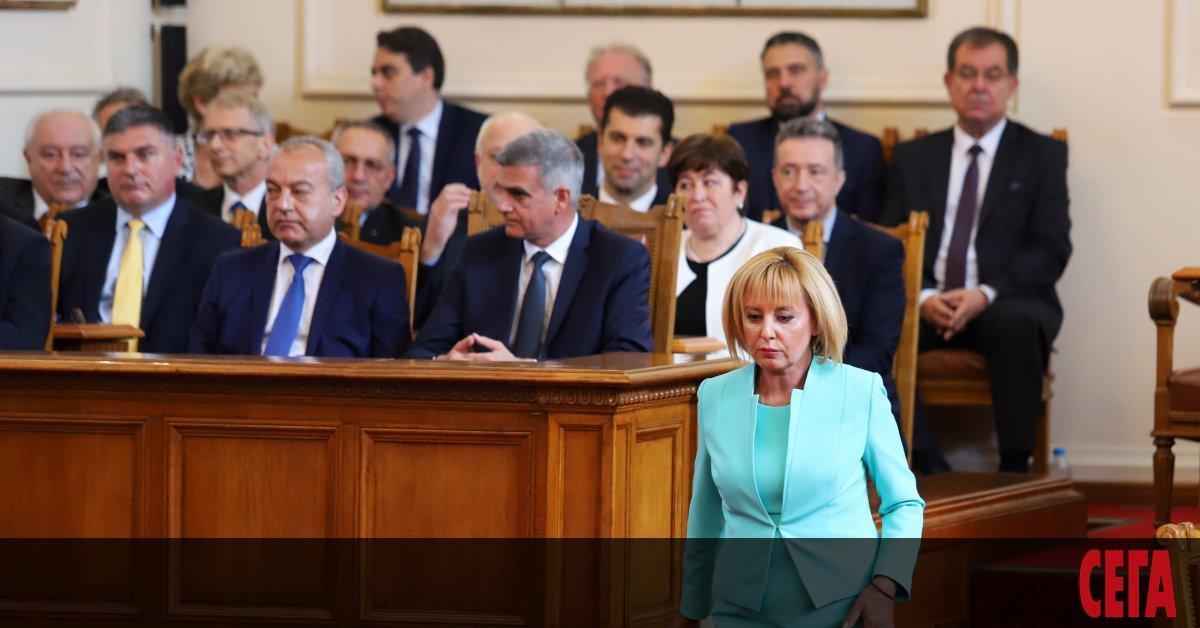 Състезанието кой ще внесе по-щедри законопроекти в Народното събрание продължава,