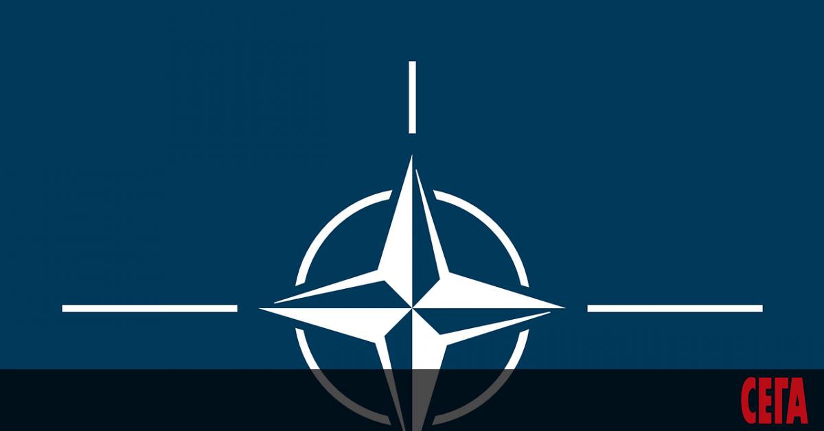 Русия преустановява работата на постоянната си мисия в НАТО от