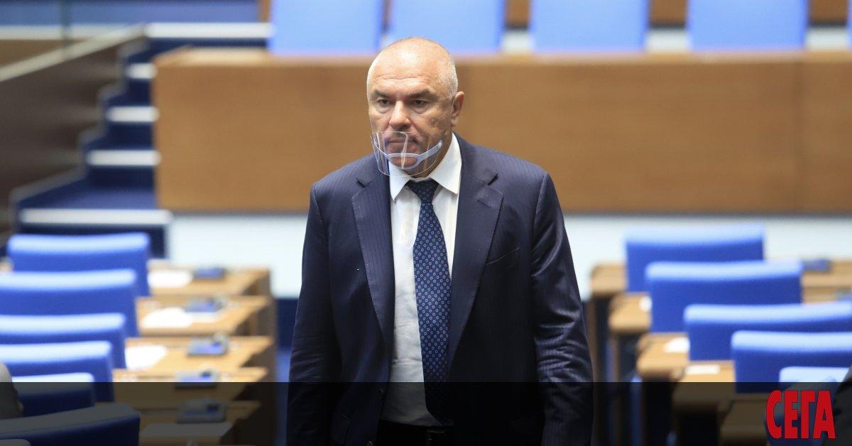 Разследването за престъпен сговор срещуВеселин Марешки и двама от съпартийците