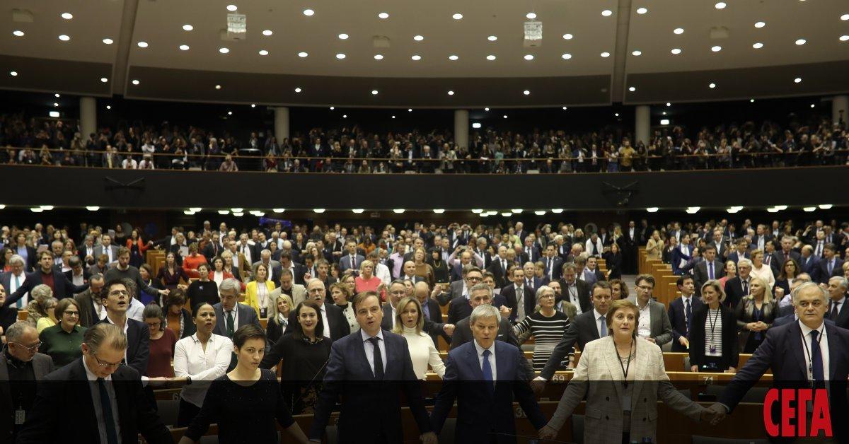 Излизането на Великобритания от ЕС беше ратифицирано от Европейскияпарламент.