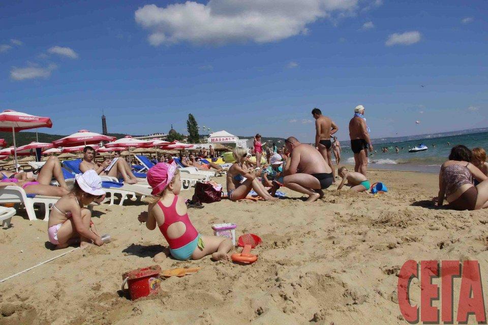 10521f35f48 Туристическото министерство не видя високи цени по морето. Българските  туристи ...